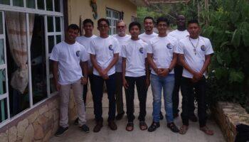 Vocación-Encuentro-de-los-vocacionados-Consolatas-en-México-k