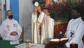Elmer-primera-misa