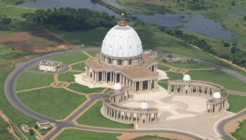 Basilica-Paz-Yamoussoukro-Costa-Marfim