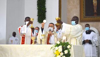 Eucaristia-1536x1027-1